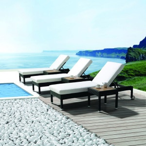 piazza-outdoor-sun-loungers-mobelli-1