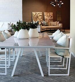 Mobelli-Luxor-Dining-Table-In-White-Lifestyle-Image1
