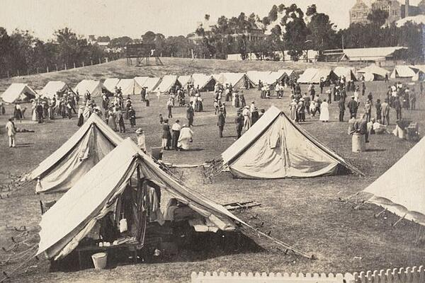 Tent cities used to house sick during 1918 Spanish flu